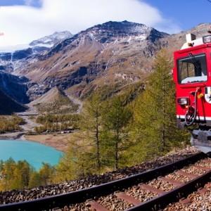 trenino rosso del bernina con maggialetti viaggi