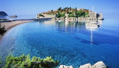 Montenegro con volo da Bari