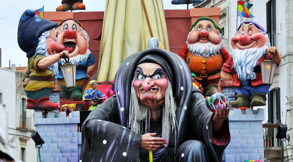 Carnevale di Putignano - Maggialetti Viaggi