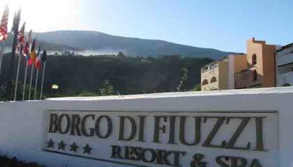 Borgo di Fiuzzi – Viaggi su misura