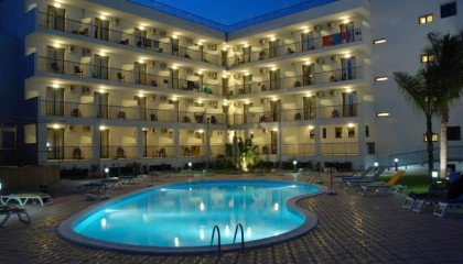 Ticho's Lido Hotel – Viaggi su misura